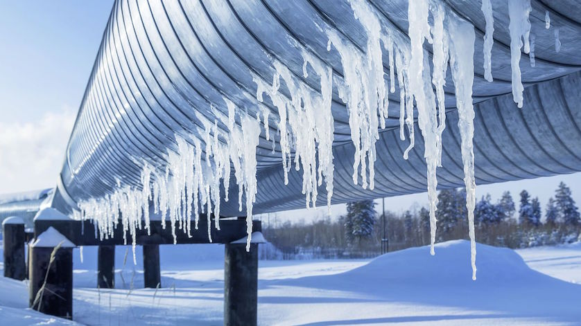 Icicles on a pipeline