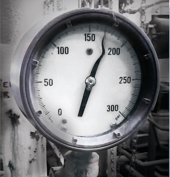 Effect of pressure spikes on mechanical gauges